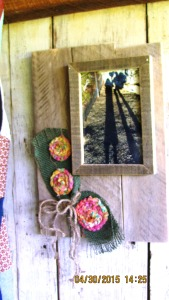 Farmhouse fancy, shabby or cottage chic, rustic, Southwestern...here's an eclectic bit of home decor for framing the moments of your life.